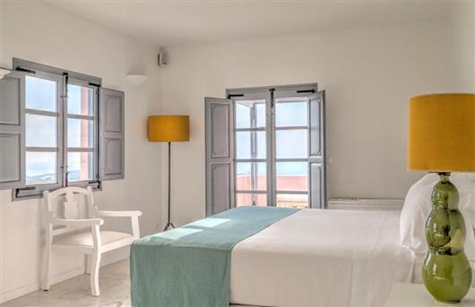 Dorian Suite, 1 Bedroom Suite, 1 King, Resort view, Balcony