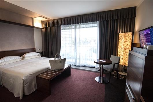 Comfort room & Aqua room