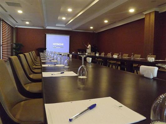 Guada Meeting Room