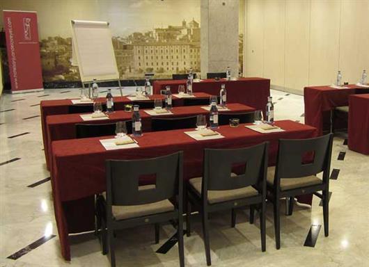 Isabel La Catolica Room