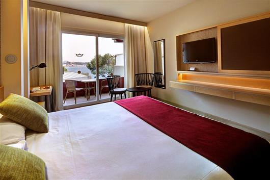 Superior Double Room with Sea View & Spa Access