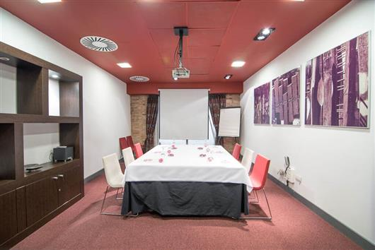 Miro Room