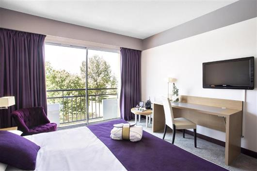 Privilege Room with Double Bed and Views of the Golf