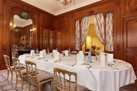 THE MAJESTIC FUNCTION ROOM