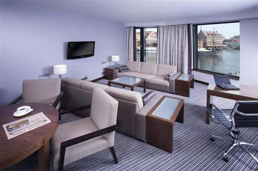 Hilton King Suite