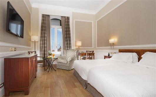 Superior, Larger Guest room, 1 King Trundle Bed