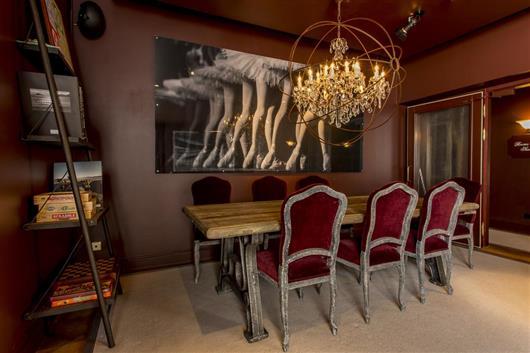 Private seminar room