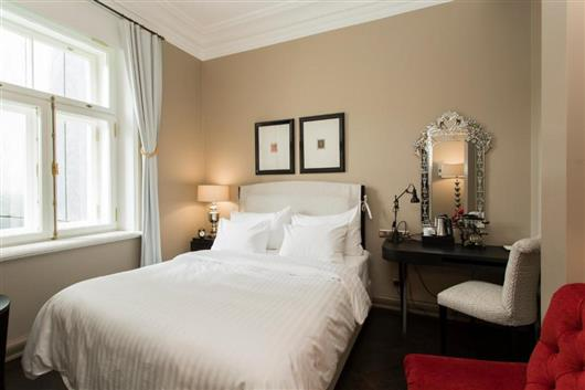 Comfort Double Room with Courtyard View