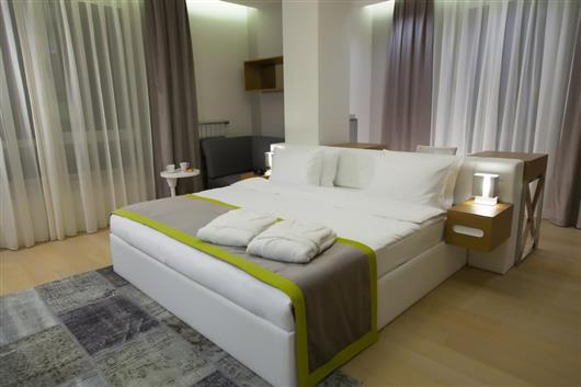 Corner Premium Two-Bedroom Apartment