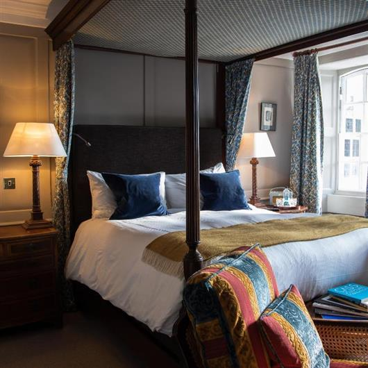 Sussex Four Poster Room
