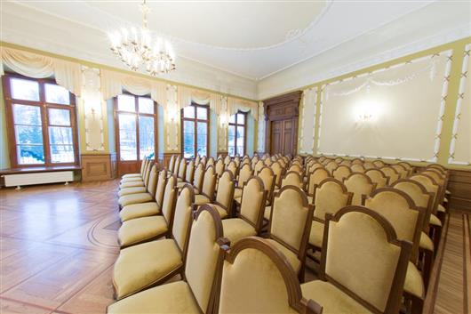 Mansion's ballroom