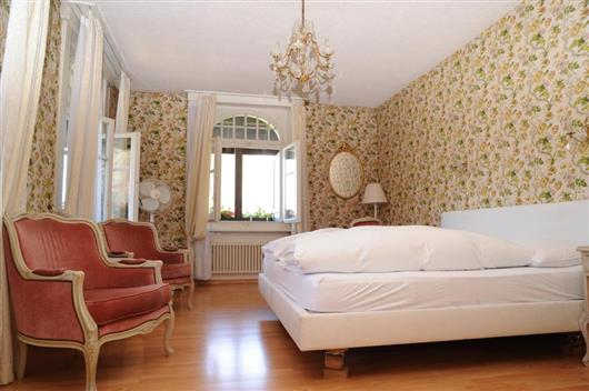 Double Room with Lake and Garden view