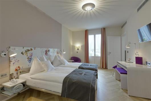 Standart room plus A/C with Bathtub