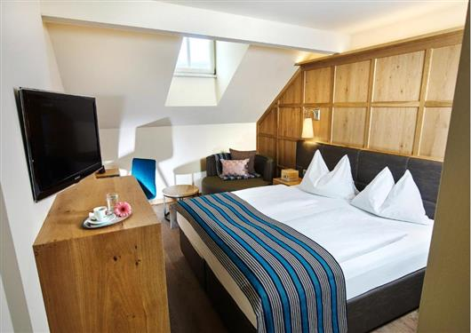 Double Room Mansarde Altstadt