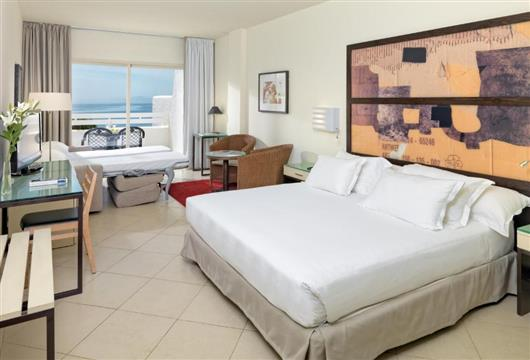 Family Room with Sea View (2 Adults + 2 Children)