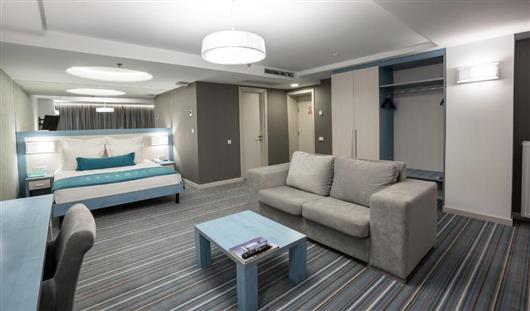Junior Suite with Terrace