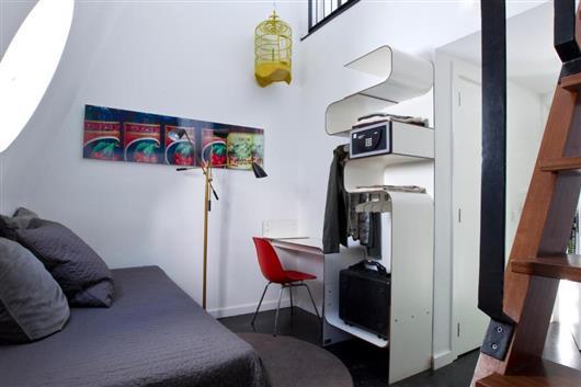 Duplex Triple Room