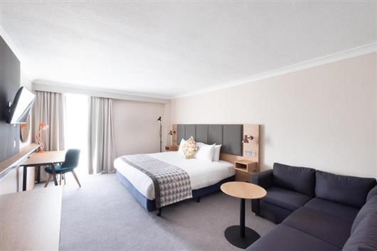 One-Bedroom Room