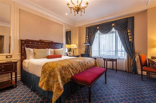Fairmont Room «King size» bed