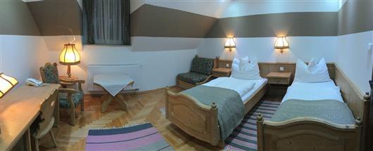 Classic Double Room