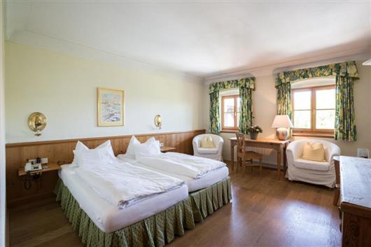 Double Room Tiefenbach