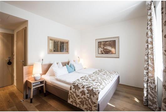 Double Room Elixhauser