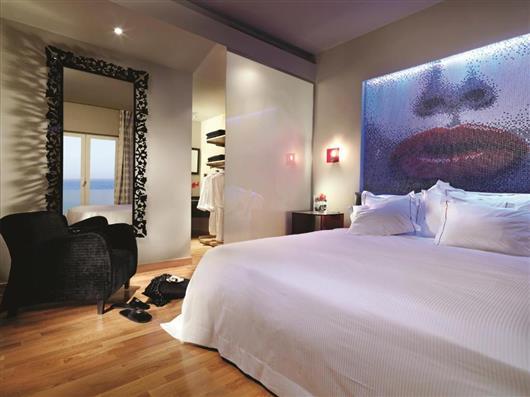 Lifestyle One-Bedroom Suite Garden View