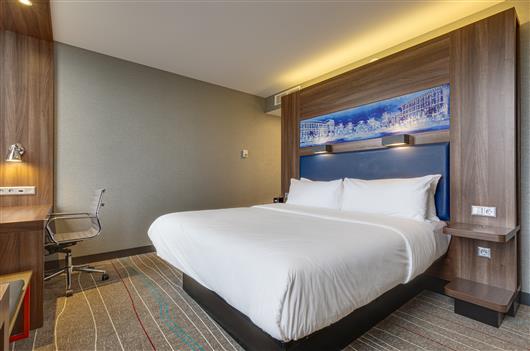 Superior Sky King Double Room City view (15 - 24 floor)