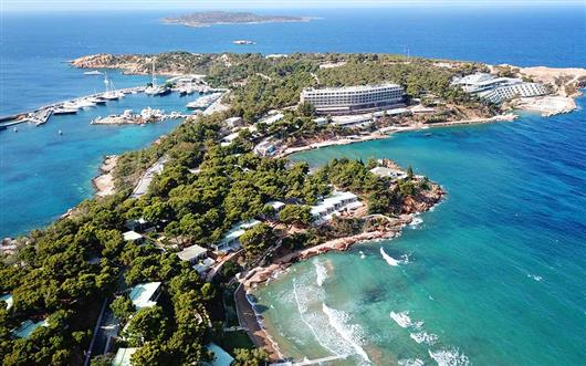 Top 3 new hotels in Greece - great openings