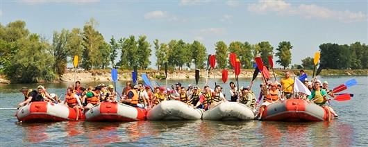 Rafting and kayaking down the Desna